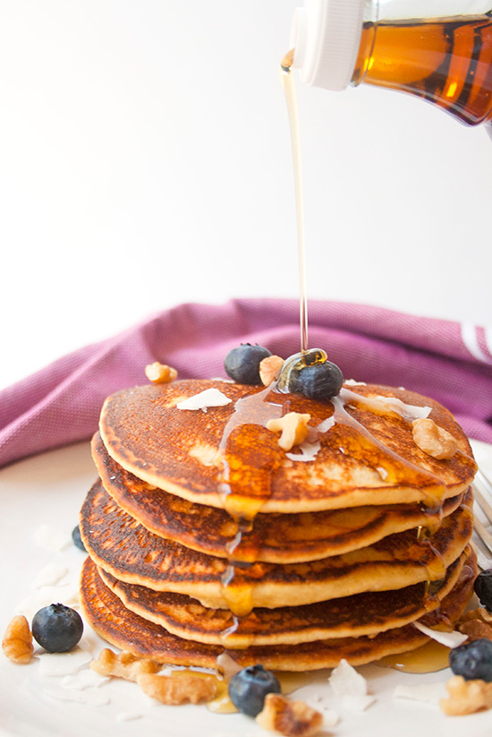 Blueberry Pancakes | brightrootskitchen.com