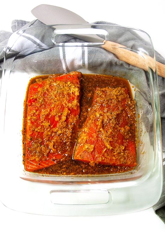 Sweet-and-Spicy-Glazed-Salmon-Marinade|brightrootskitchen.com
