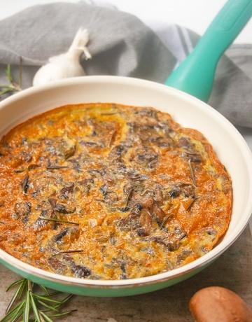 Mushroom Frittata | brightrootskitchen.com